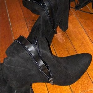 High- thigh black suede boots